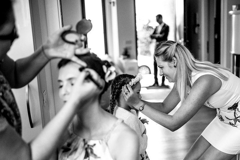 Preparazione sposa figlia
