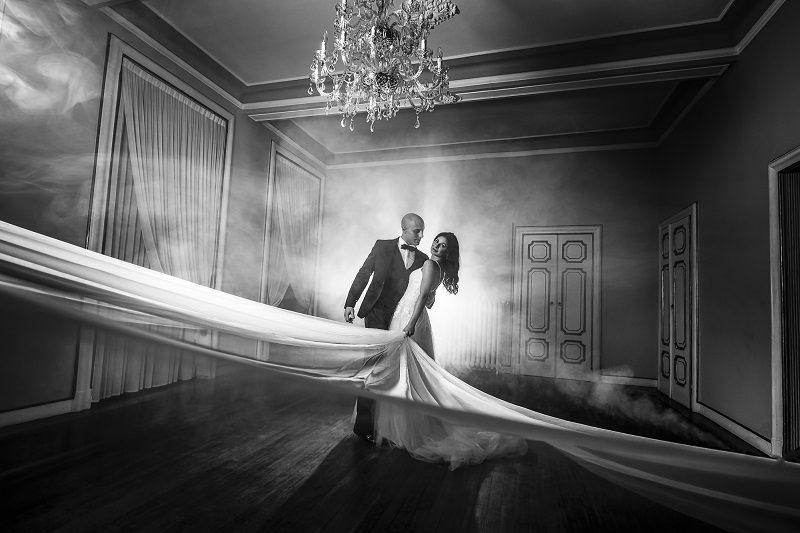 Sposi ballo con velo