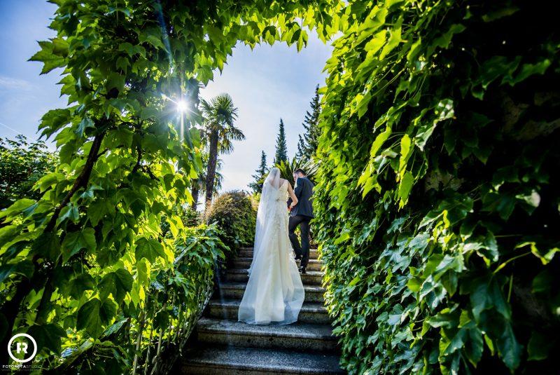 Sposi foto giardino