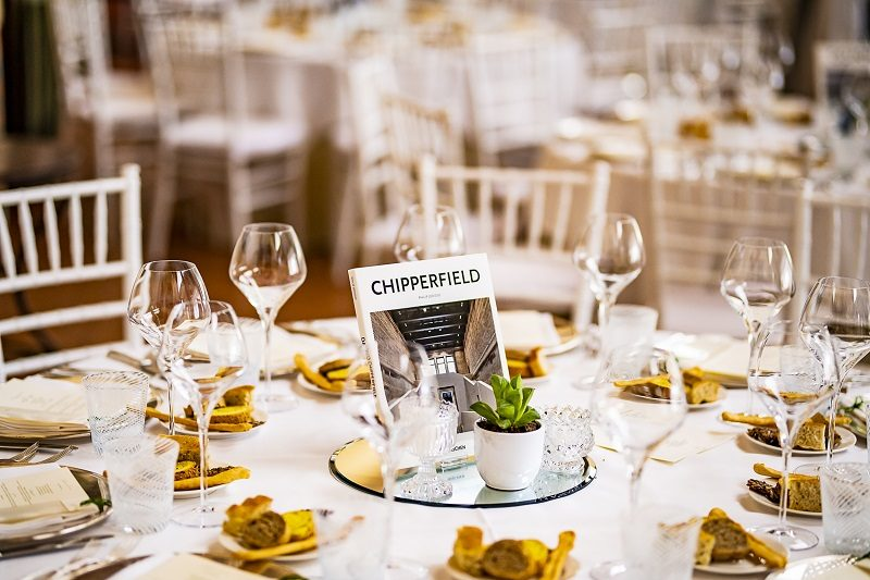 Allestimento particolare tavolo matrimonio