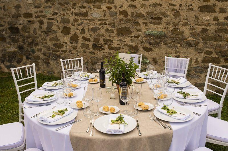 Allestimento tavoli matrimonio piante aromatiche