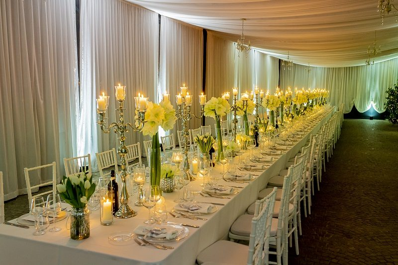 Tavolo matrimonio con candelabri